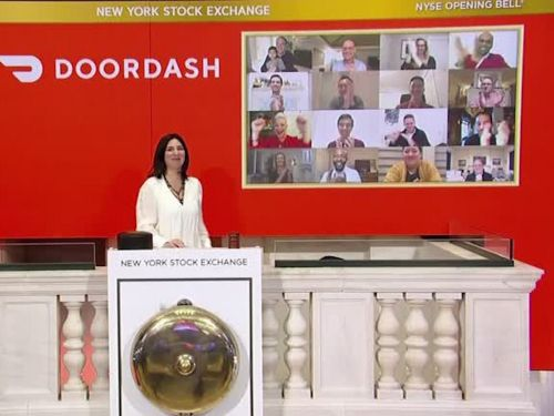 DoorDash opened Wednesday's trading day at the NYSE virtually, and a photo taken at the bell shows the surreal reality of going public during a pandemic
