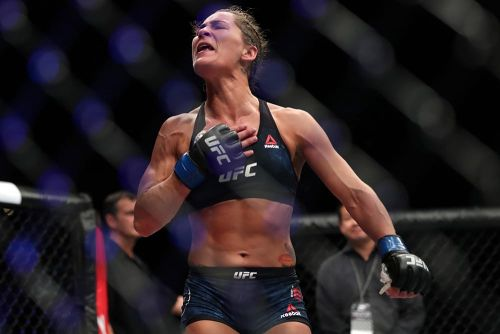 Jessica-Rose Clark explains why she changed gyms in middle of UFC on FOX 31 camp