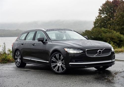 Scott Sturgis' Driver's Seat: The 2021 Volvo V90 is so close to perfect, but it's a competitive world