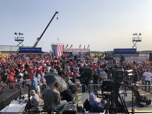WATCH LIVE: President Trump to speak at campaign rally in Moon Township