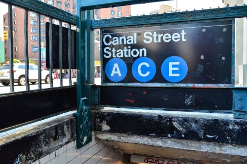 16-year-old girl arrested with gun on subway train