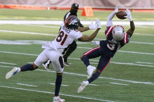 Broncos hold on for 18-12 win in New England