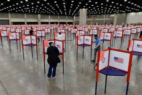 Coronavirus threatened to make a mess of Kentucky's primary. It could be a model instead