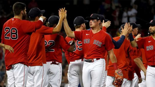 Hunter Renfroe blasts two homers as Red Sox come back to beat Royals