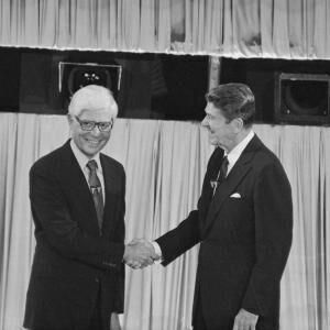1980: Jimmy Carter refuses to share a three-man stage