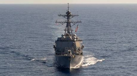 US destroyer armed with missiles enters S. China Sea in challenge to Beijing's territorial claims