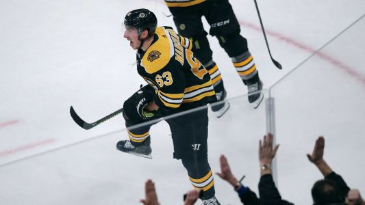 Marchand scored twice in 3rd, Bruins beat Maple Leafs 4-2