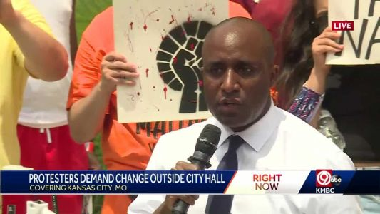 Mayor Quinton Lucas signs list of changes Black Lives Matter leaders want to see made in Kansas City