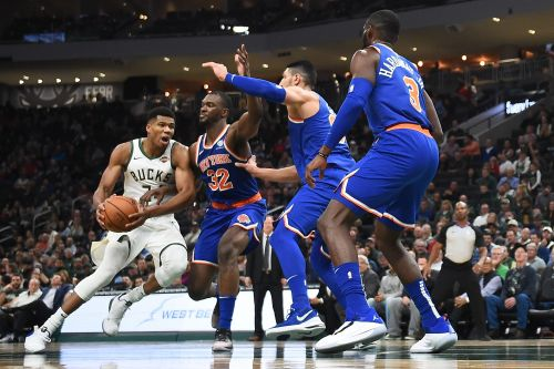 Late Knicks rally no match for Giannis Antetokounmpo
