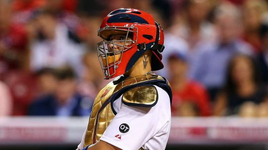 Yadier Molina blasts Gold Glove process; here's why the Cardinals' catcher is wrong