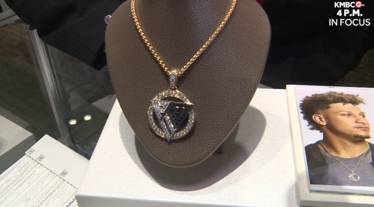 Helzberg Diamonds teams up with Patrick Mahomes for jewelry collection for good cause