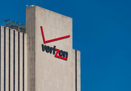 Verizon to shed 10,400 jobs by mid-2019