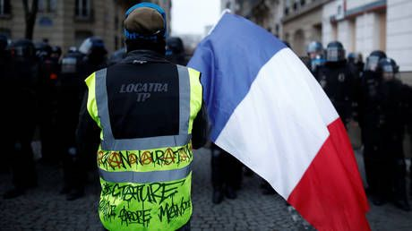 31,000 protesters march in Paris in ongoing strikes against pension reform - Interior Ministry