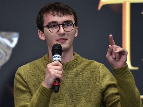 Isaac Hempstead-Wright once accidentally gave away a key 'Game of Thrones' character's death in math class