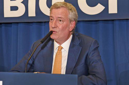 De Blasio says anti-Semitism is strictly a 'right-wing movement'