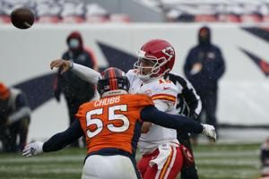 Chiefs rout Broncos 43-16 as Mahomes barely breaks a sweat