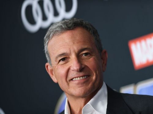 Disney CEO Bob Iger will finally be inducted into the Television Academy Hall of Fame. Here's how the media titan makes and spends his $690 million fortune