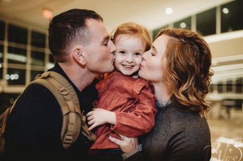 Military dad surprises daughter after their family lost their home in Hurricane Florence