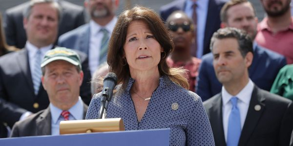 Rep. Cheri Bustos faces off against Republican Esther Joy King in Illinois' 17th District