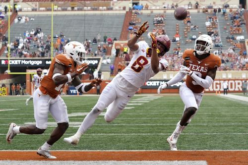 Cyclones take down Texas 23-20; Moves closer to Dallas