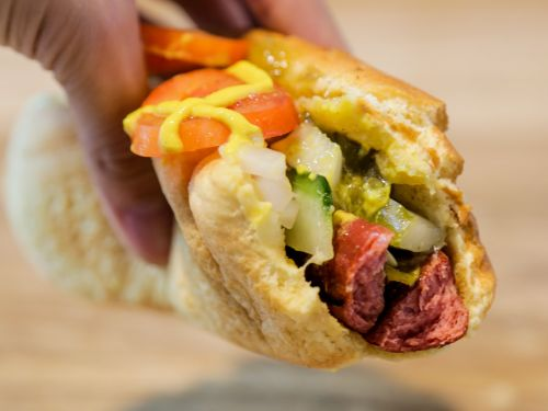 I ate the loaded hot dogs at 4 fast-food chains, and the winner was clear