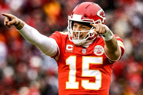 Chiefs, Patrick Mahomes rip Colts to reach AFC title game