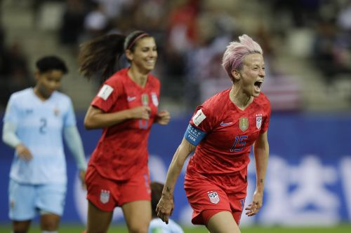 Some of the stars of the US women's national soccer team have famous athlete partners cheering them on from the sidelines, and it's adorable