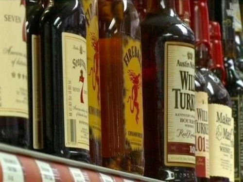 Iowa bar accused of refilling liquor bottles