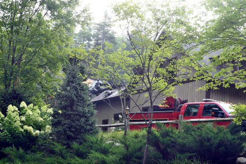 Rachael Ray's kitchen spared despite raging fire at upstate mansion