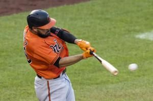 Orioles rally with five-run eighth, neutralize Nationals