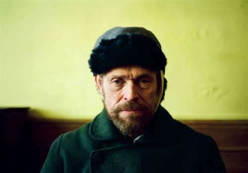 Willem Dafoe incarnates Vincent Van Gogh, and his tortured process, in 'At Eternity's Gate'