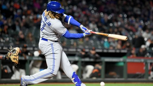Vladimir Guerrero Jr. injury update: X-rays negative after Blue Jays rookie hit by pitch in hand