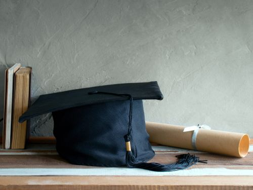 How to take graduation and end-of-year school portraits at home, with tips from a pro photographer