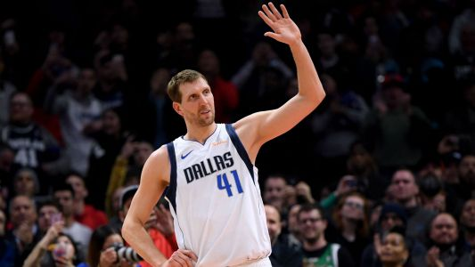 Dirk Nowitzki moves to 6th on NBA all-time scoring list, passes Wilt Chamberlain