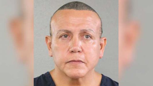 Man pleads guilty to mailing bombs to Trump critics