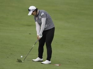 Salas takes advantage of Park's mistake to grab LPGA lead