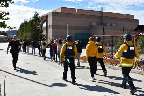 Scotts Valley police hold active shooter training at SVHS