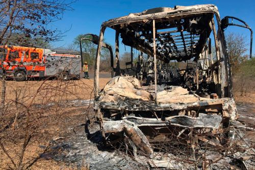 Passengers trapped, 40 killed in bus fire in Zimbabwe