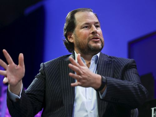 Marc Benioff and other top execs laid out Salesforce's plan to grow revenue to $25 billion revenue this year as the economy lurches out of recession