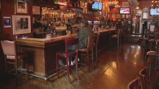 Restaurant owners across area struggling to hire back employees