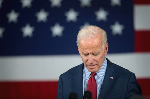 Biden stumbles create an opening in the middle