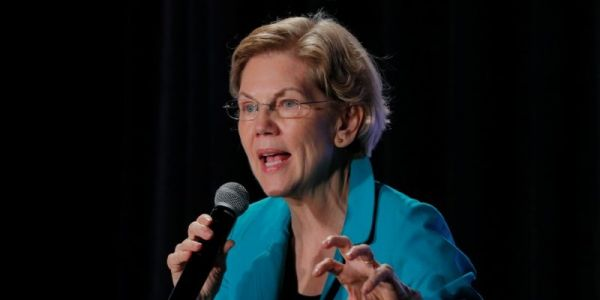 Iowa's biggest newspaper just endorsed Elizabeth Warren ahead of the state's February 3 caucuses