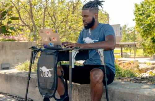 Louisville entrepreneur to launch innovative product that turns backpack into desk