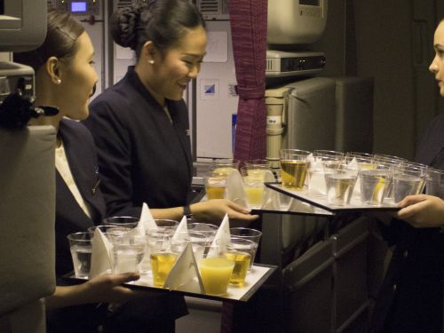 10 mistakes you're making when ordering drinks on a flight