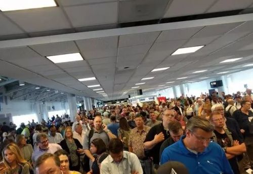 Technical issue causes flight cancellations out of Charlotte