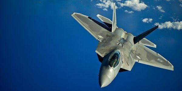 US F-22 stealth fighters intercepted 4 Russian bombers testing US air defenses near Alaska