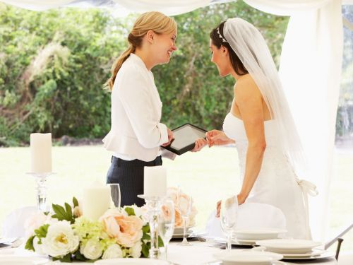 7 things wedding planners wish they could tell you but can't
