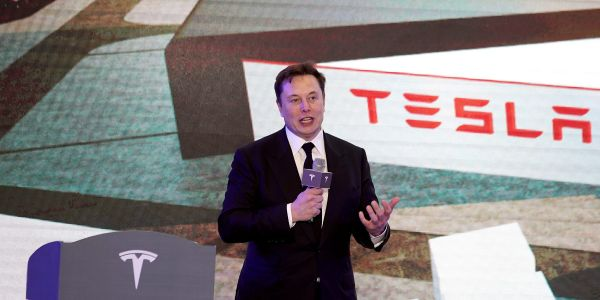 'Much to be excited about': Here's what 4 analysts are saying about Tesla ahead of its 3rd-quarter earnings report