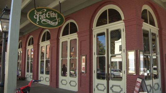 Old Sacramento restaurant to close doors after 43 years