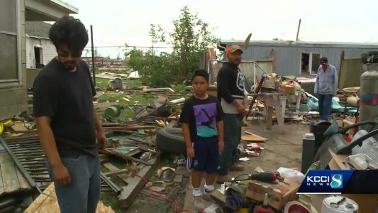 Hy-Vee donates meals to residents, emergency workers in wake of tornadoes